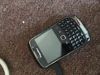 Blackberry curve 8520 £15