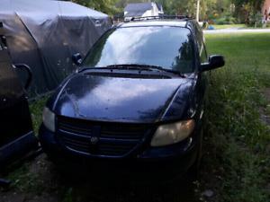 2005 Dodge Caravan PARTS VAN