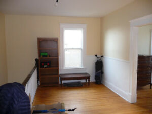 Large 3-4  bedroom apartment Uptown {available  for June}