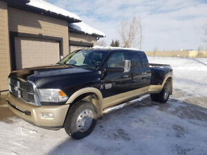 2011 Dodge 3500 dully 4x4 Long Horn Edition
