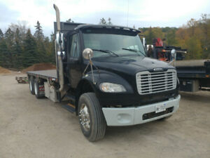 Flat deck Truck with Moffat package