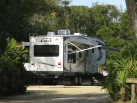 2013 Jayco Eagle 31.5 RLDS 5th Wheel
