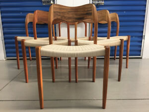 NIELS MOLLER #71 x 6 ROSEWOOD DINING CHAIRS - Mid Century/Teak