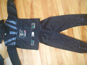 Star wars costume, pyjama with a small cape, 2-3y.