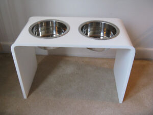 12 inch Elevated Dog Feeder with two 2 Quart Bowls