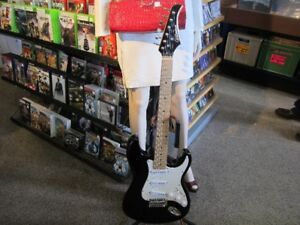 SILVERTONE Electric Guitar For Sale