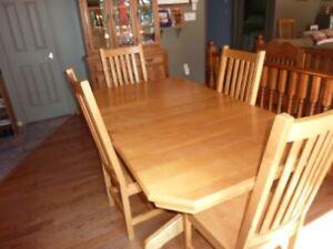 two pedestal Mennonite maple table