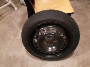 1 pneu de secours T125/70D15