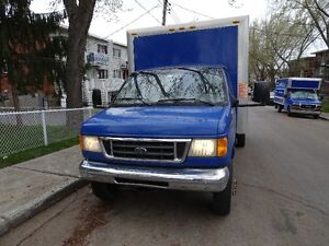 Camion cube Ford 2004