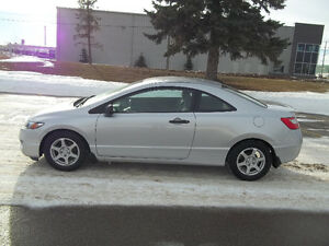 2009 49000KMS  SENIOR OWNED AN DRIVEN LIKE NEW NO EMAILS