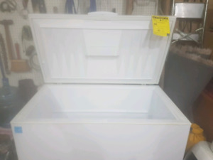 14.9 cu chest freezer in excellent condition