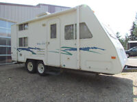 2002 OKANAGAN ULTRA-LITE 21ft w/bunks