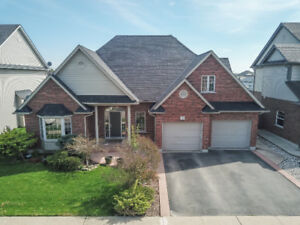 OUTSTANDING BUNGALOFT IN SMITHVILLE...