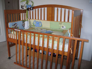Baby Crib with assessories and matress