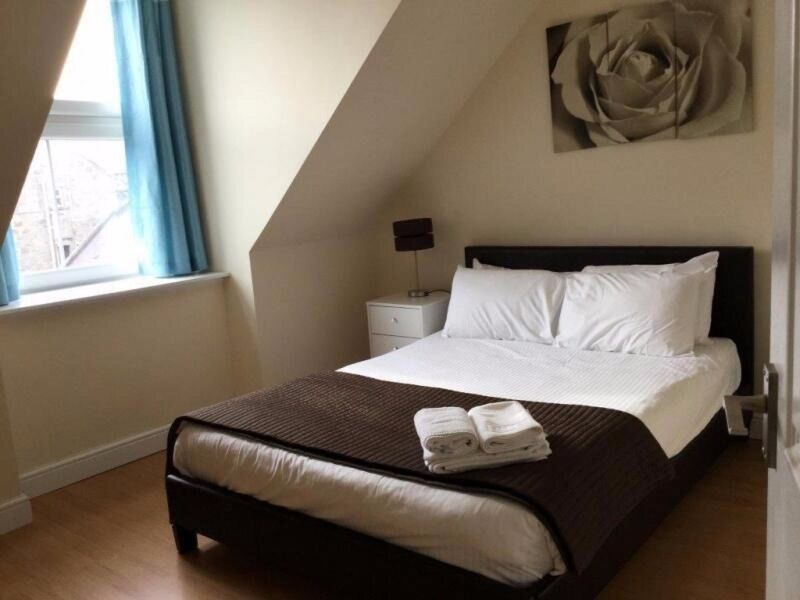 2 bedroom flat in Great Northern Road, , Aberdeen, AB24 2EU