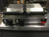LIKE NEW VOLLRATH DOUBLE RIBBED PANINI PRESS - RESTAURANT EQUIP