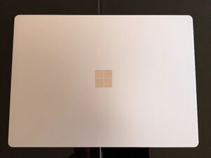 "Surface Laptop 13.5"" i5 4gb 128gb touch screen new warranty"