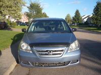 2005 Honda Odyssey Fourgonnette, Idéal pour la famille !