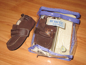 Robeez loafers size 4 (9-12 months)