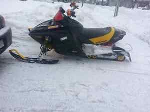 NEED GONE 2003 skidoo rev 800 really clean sled