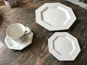8 place setting Johnson Brother Ironstone M1M