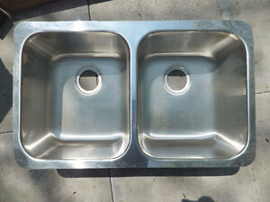 DOUBLE UNDER COUNTER STAINLESS STEEL SINK ($90 OBO)