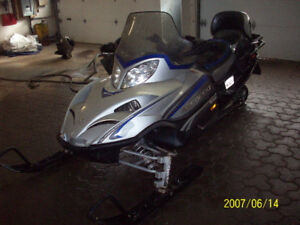 Arctic Cat touring turbo 2006, 2950 $ nego