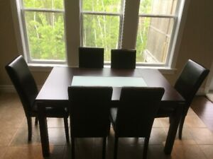 For Sale: Dining Room Table and 6 Chairs