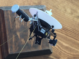 Voyager Space Probe. Pro-built scale model for sale.