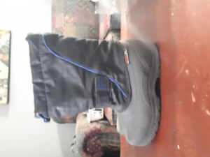 Size 3 boys winter boots