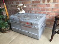 VINTAGE TRUNK CHEST FREE DELIVERY COFEE TABLE