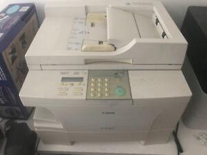 Canon copier machine PC 1060 / photocopieur