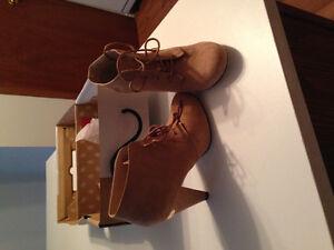 Womens suede dress boots Kingston Kingston Area image 1