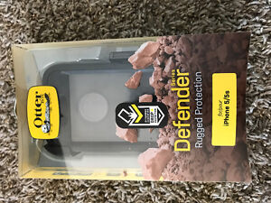 Lightly used otterbox for iPhone 5/5s