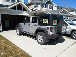 2012 Jeep Wrangler (Many extras)