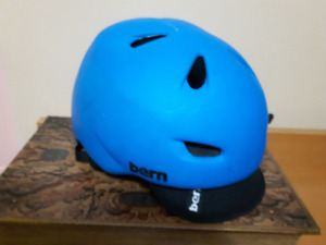 Nice Large BERN Bike helmets (blue)