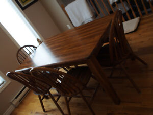 Kitchen/Dining room table set.