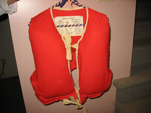 Ancien Lifejacket  Kapok 1972