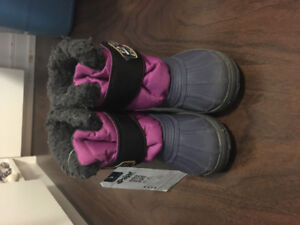 Pajar BNWT toddler size 11 winter boots for girl kid