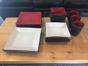 Oneida Stoneware Dishes