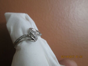 Silver ring and diamonds   -   Stainless steel ring and diamonds