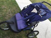 Double stroller / poussette double