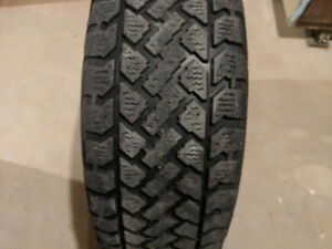 KIA Sorento full winter tires and rims set for sale