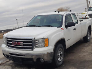 2011 GMC Sierra 4 dr loaded financing available