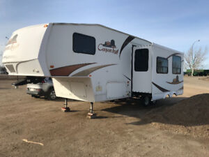 2010 25FT Canyon Trail Fifth Wheel