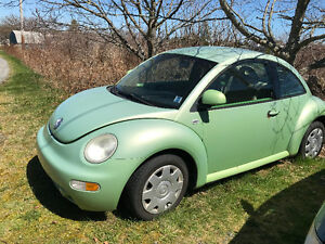 2000 Volkswagen New Beetle Coupe (2 door)