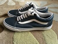 Unisex old skool vans for sale - size 7.5