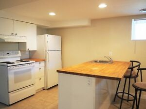50% Off First Month Rent! Beautiful Bsmt Suite Near Whyte Ave!