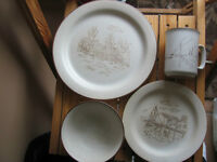 Set of Collectible dishes....COLLECTION MANOIR