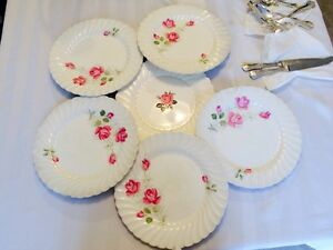 Beautiful Six-plate Set